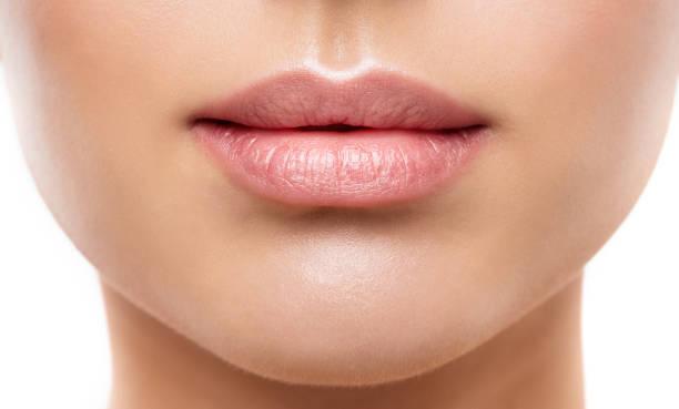 Relleno labios ácido hialurónico