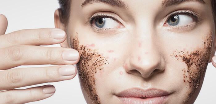 exfoliar piel del a cara