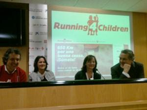 Jorge Planas en la rueda de prensa de running4children