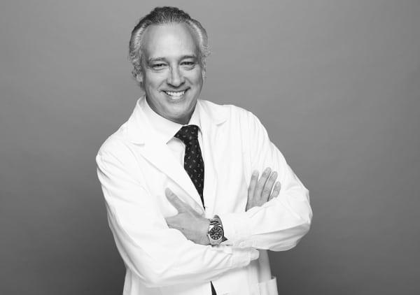 Dr. Gabriel Planas