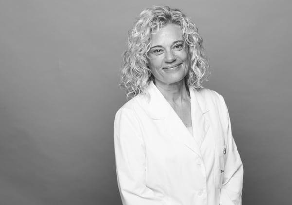 Dra. Esther Gil