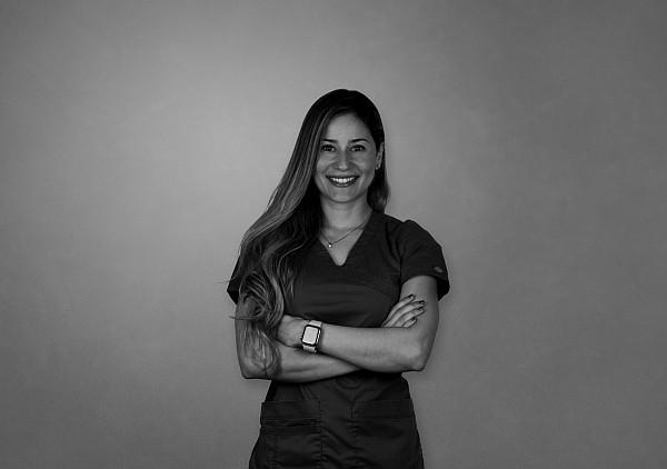 Dra.  Adriana Castejón