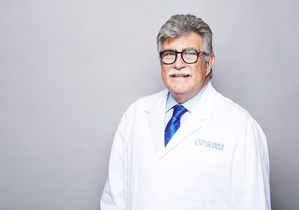 Dr. Ruperto Oliveró